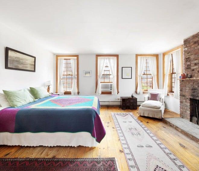 Căn hộ nhỏ xây trên sân thượng tòa chung cư cũ có gì đặc biệt khi được rao bán với giá gần 82 tỷ đồng? - Ảnh 9.