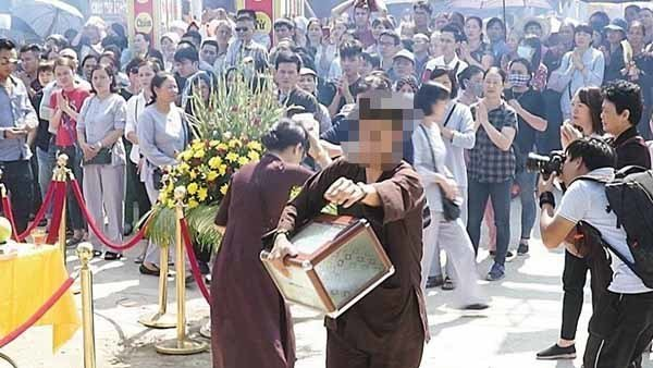 Hà Nội: Nghi vấn nam thanh niên 'ôm' tiền công đức nhà chùa bỏ trốn 1