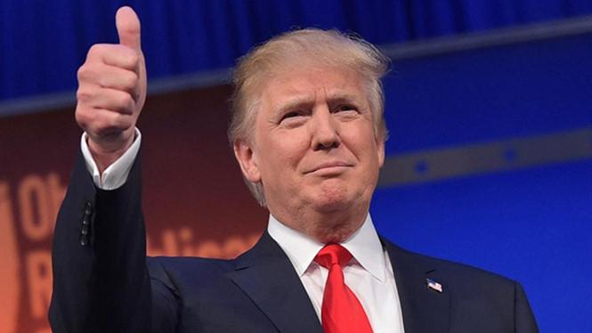 Hình Ảnh Tổng Thống Mỹ Donald Trump: Hoa Kỳ Đang Ở Giữa Thời Kỳ Phục