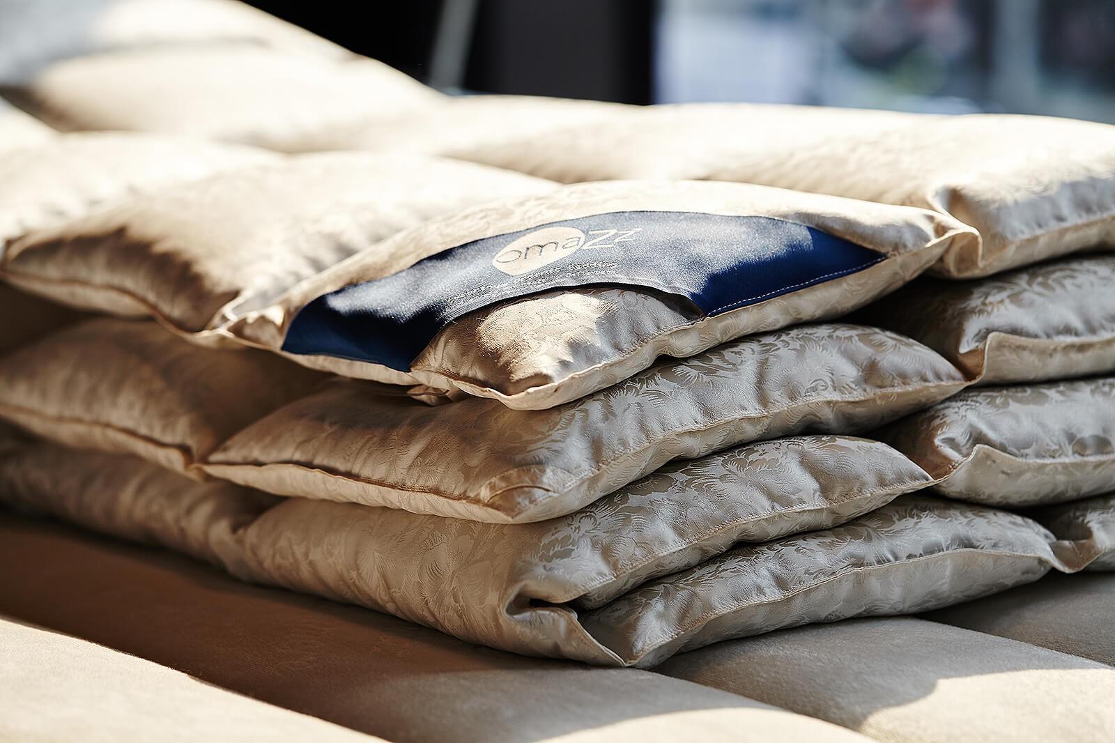 Bạn có tin một chiếc chăn làm bằng lông vịt mà có giá lên đến 350 triệu đồng? - Ảnh 6.