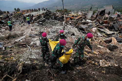 Thảm họa kép ở Indonesia: Số nạn nhân thiệt mạng tăng vọt lên hơn 1.500 2