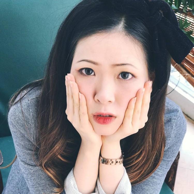 Nhan sắc cô gái khiến Shark Phú phải thốt lên: