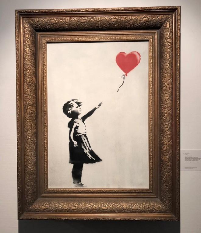 Chuyện lạ: Tác phẩm nghệ thuật trị giá 1,1 triệu USD đã tự hủy ngay sau phiên đấu giá 1