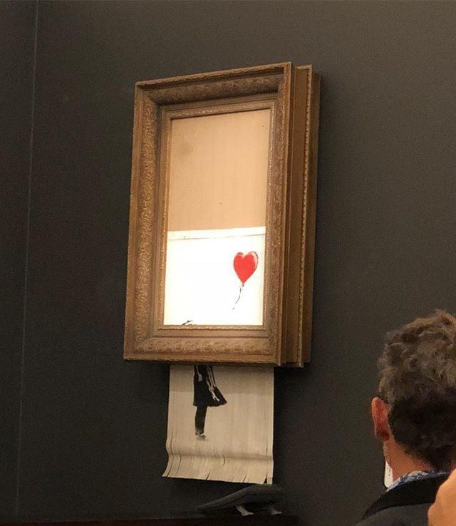 Chuyện lạ: Tác phẩm nghệ thuật trị giá 1,1 triệu USD đã tự hủy ngay sau phiên đấu giá 2