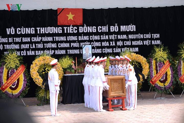 Hình ảnh Lễ an táng nguyên Tổng Bí thư Đỗ Mười trở về với đất mẹ quê hương 7