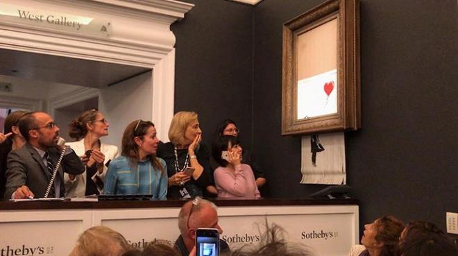 Chuyện lạ: Tác phẩm nghệ thuật trị giá 1,1 triệu USD đã tự hủy ngay sau phiên đấu giá 3