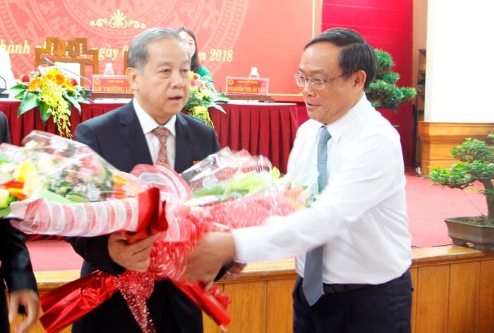 Hình Ảnh Thông Tin Nguyên Chủ Tịch Thừa Thiên- Huế Bị Cấm Xuất Cảnh Là
