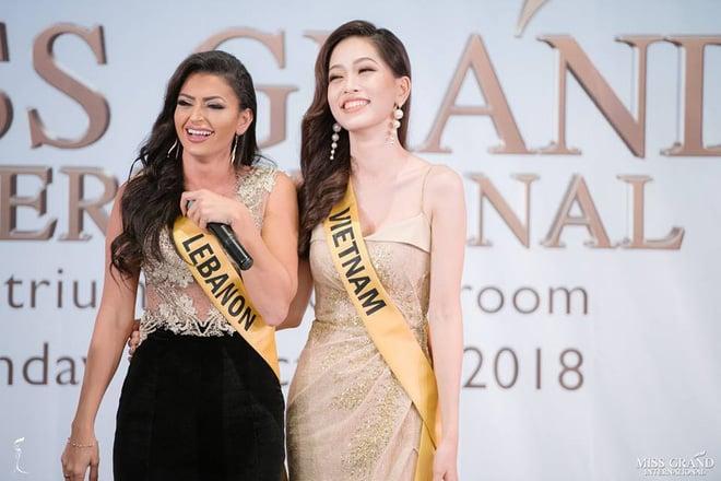 Nhan sắc xấu khó tin của các đối thủ Á hậu Việt Nam tại Hoa hậu Hòa bình Thế giới 2018 19