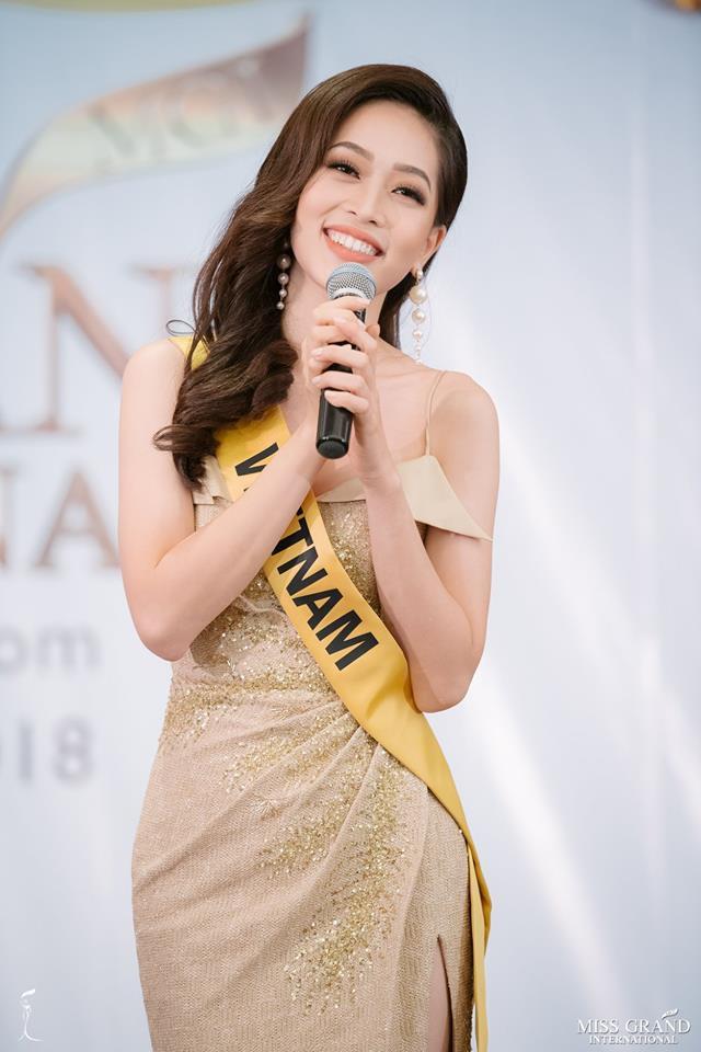 Nhan sắc xấu khó tin của các đối thủ Á hậu Việt Nam tại Hoa hậu Hòa bình Thế giới 2018 16