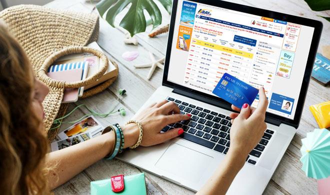 Hình ảnh Hành khách kêu trời vì giá vé máy bay Tết 2019 tăng cao số 2