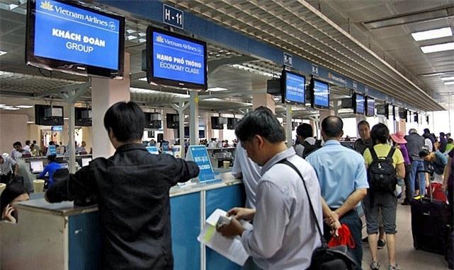 Hành khách kêu trời vì giá vé máy bay Tết 2019 tăng cao 1