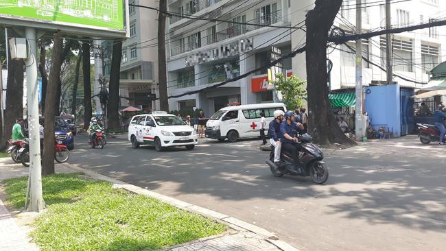Cô gái trẻ rơi từ tòa nhà cao tầng ở Sài Gòn xuống đất 1