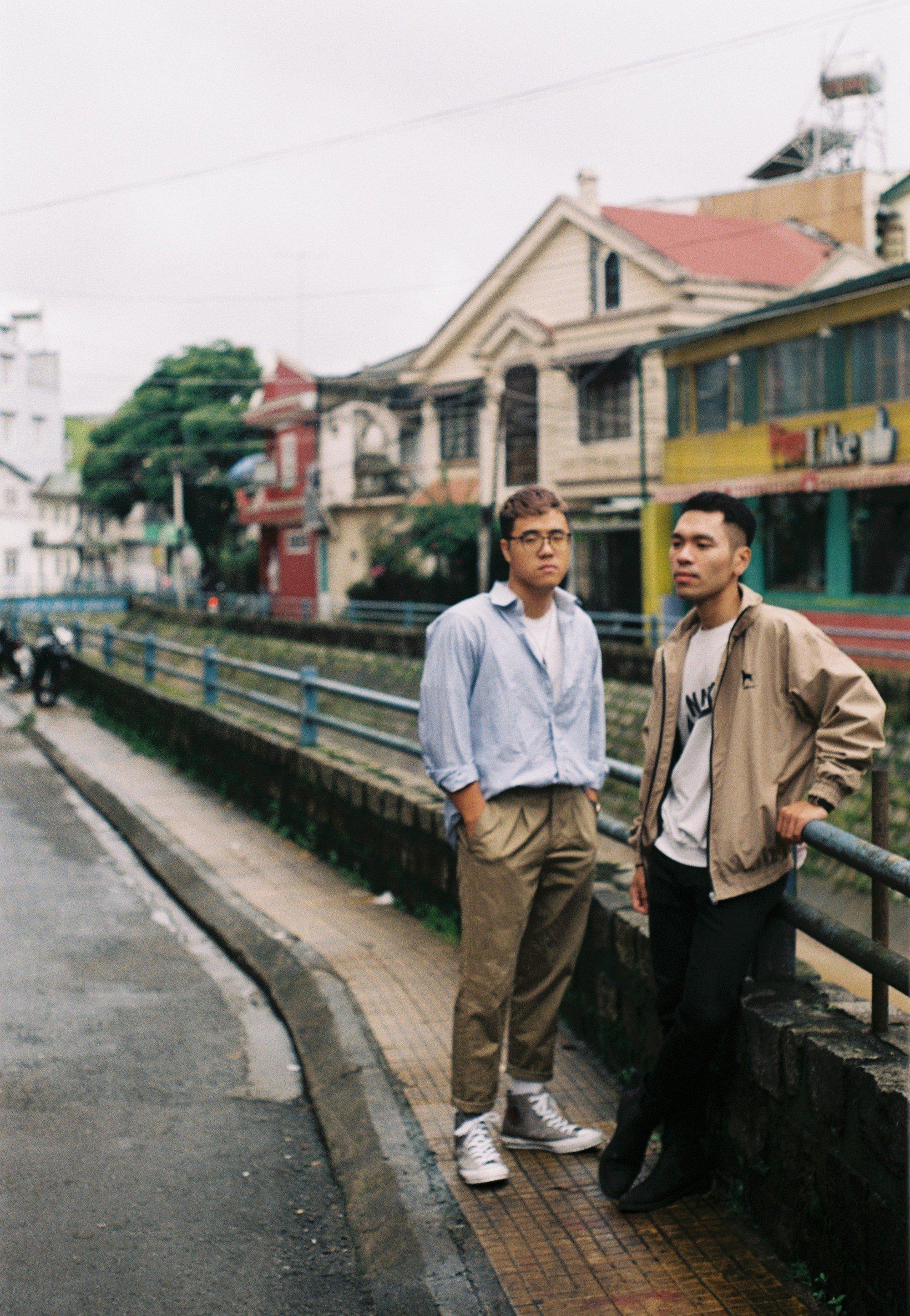Hội bạn thân 3 miền Bắc - Trung - Nam rủ nhau lên Đà Lạt, chụp ảnh nhóm xuất sắc như bìa tạp chí 9