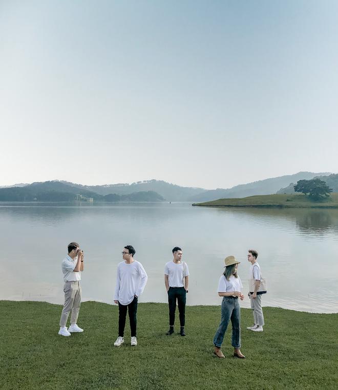 Hội bạn thân 3 miền Bắc - Trung - Nam rủ nhau lên Đà Lạt, chụp ảnh nhóm xuất sắc như bìa tạp chí 2