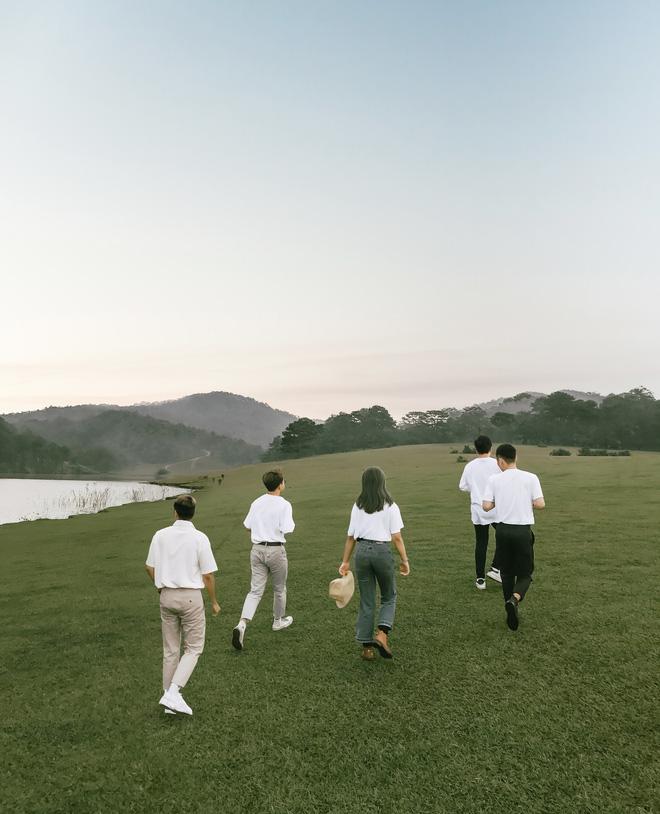 Hội bạn thân 3 miền Bắc - Trung - Nam rủ nhau lên Đà Lạt, chụp ảnh nhóm xuất sắc như bìa tạp chí 4
