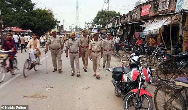 Vụ án làm rung chuyển Ấn Độ: Người phụ nữ đốt vùng kín của bé trai 13 tuổi sau khi bị từ chối quan hệ - Ảnh 2.