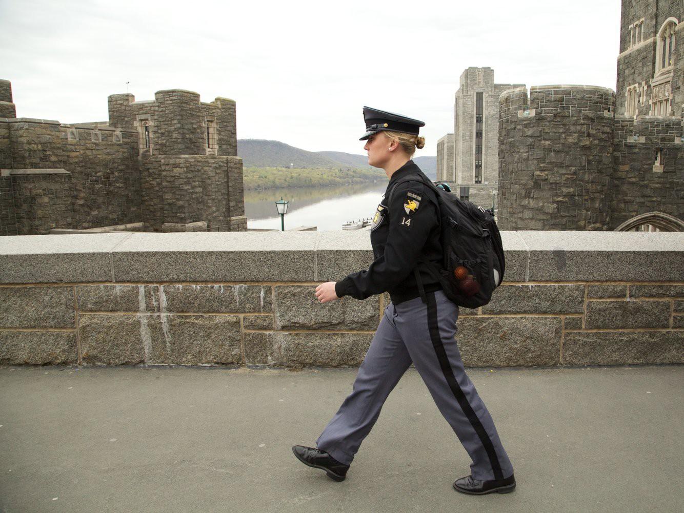 Khám phá bên trong Học viện Quân sự Hoa Kỳ, nơi đào tạo những công dân Mỹ hoàn hảo nhất 15