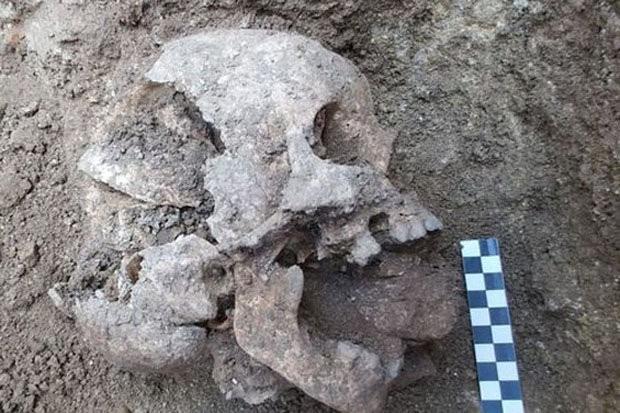 Phát hiện hài cốt bé trai tiết lộ tập tục chôn người rùng rợn thời cổ đại 1