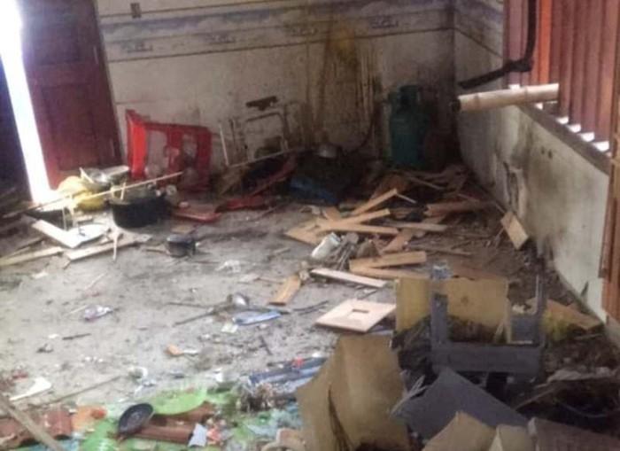 Nhà Chủ tịch xã ở Nghệ An bị ném mìn giữa đêm 1