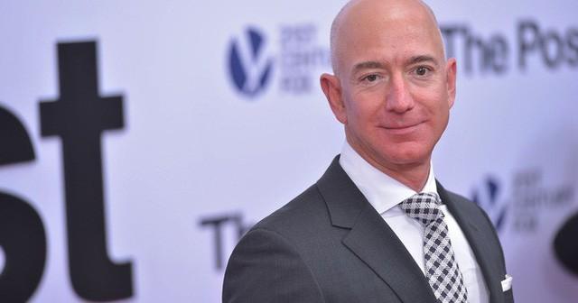 Theo người giàu nhất thế giới Jeff Bezos, chỉ cần hỏi 1 câu này để biết bạn có thông minh không 3