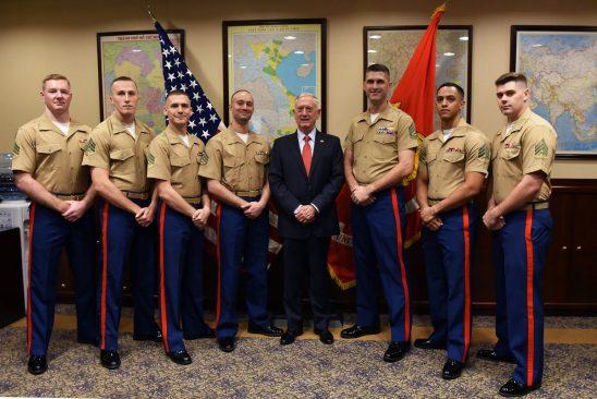 Chuyến đi của Bộ trưởng Quốc phòng Mỹ được coi là sự ủng hộ dành cho Hà Nội về Biển Đông 2