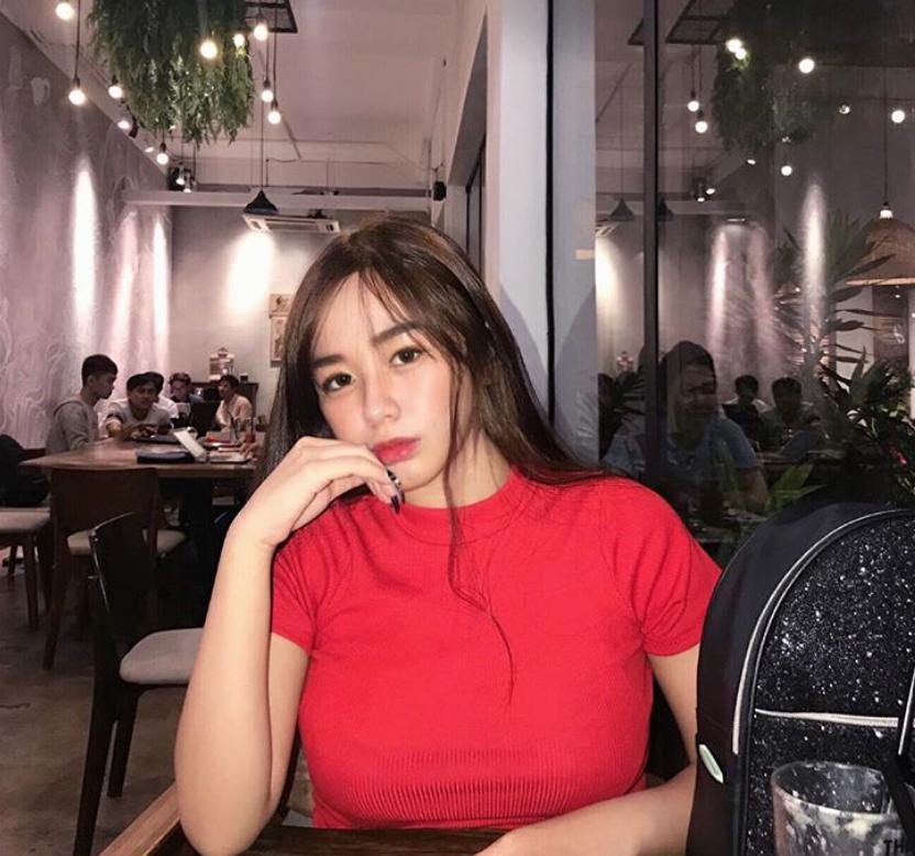 Thiếu nữ Sài Gòn sinh năm 2001: Vòng 1 lớn giúp tôn dáng và khiến mình trông nữ tính hơn 5