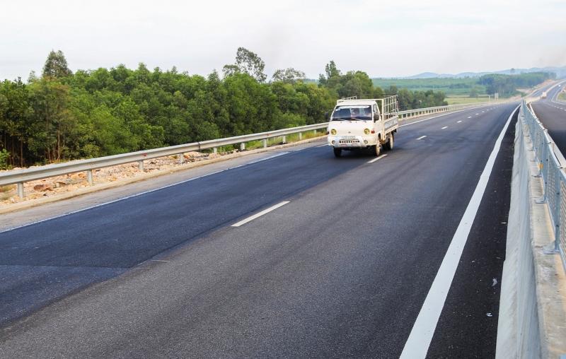 Sửa xong hư hỏng trên cao tốc Đà Nẵng – Quảng Ngãi, chủ đầu tư sẽ xin thu phí trở lại 2