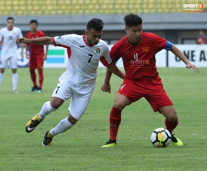 """Đội trưởng U19 Việt Nam: """"Em cảm thấy có gì đó không ổn từ giữa hiệp 2"""" 1"""