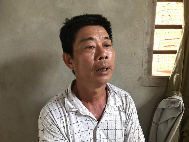 Vụ gia đình 4 người treo cổ tử vong: Cha già chết lặng chứng kiến 4 chiếc quan tài trong căn nhà xây dở 3