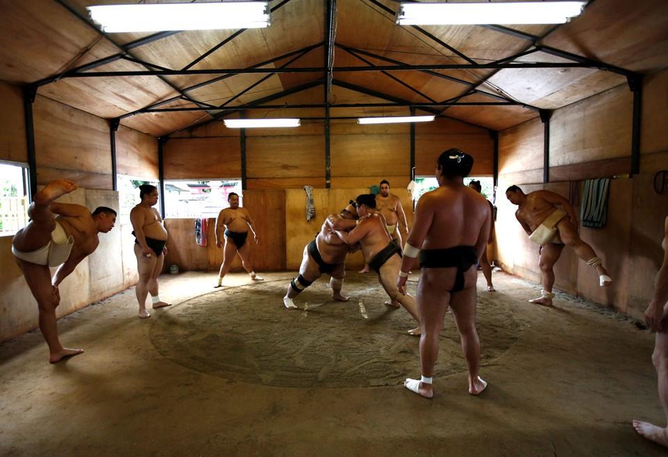 Gian nan vất vả đằng sau ánh hào quang của các võ sĩ Sumo - môn võ được kính trọng bậc nhất tại Nhật Bản 5
