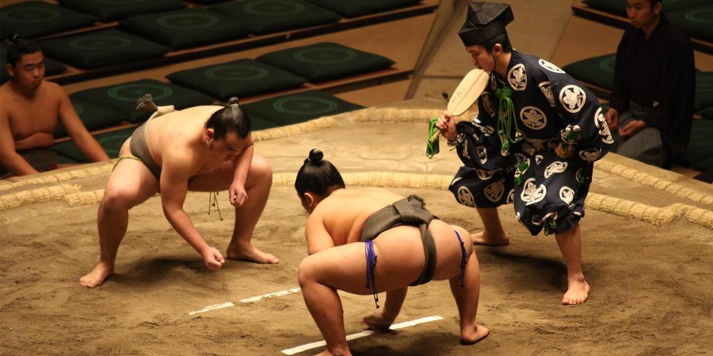 Gian nan vất vả đằng sau ánh hào quang của các võ sĩ Sumo - môn võ được kính trọng bậc nhất tại Nhật Bản 2