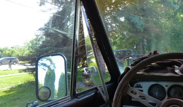 Bí ẩn thế kỷ: Tấm kính tam giác trên các xe hơi cổ có tác dụng gì? 5
