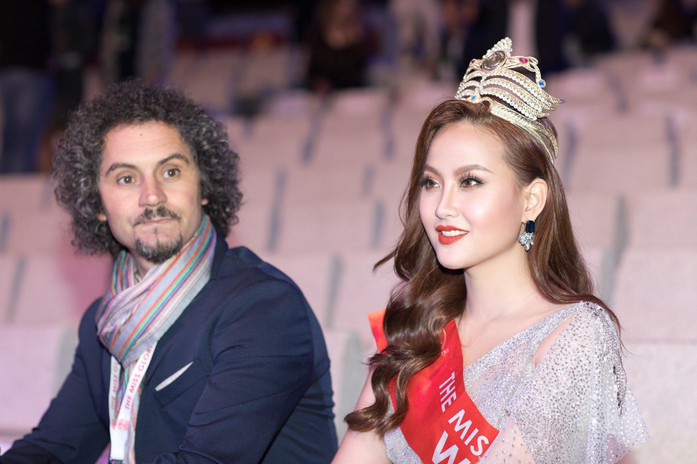 Hoa hậu Khánh Ngân thất vọng khi không được trao vương miện cho tân Miss Globe 2018 1