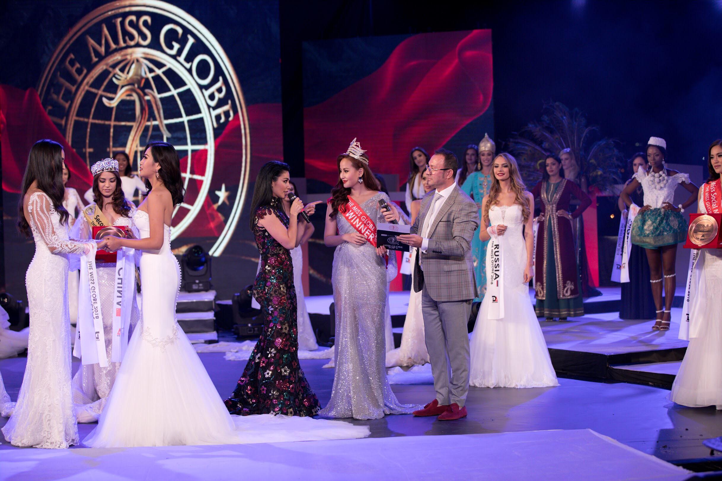 Hoa hậu Khánh Ngân thất vọng khi không được trao vương miện cho tân Miss Globe 2018 2