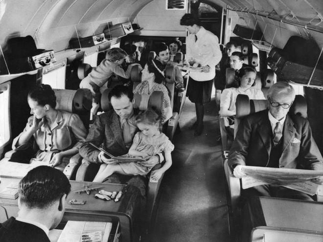 Chùm ảnh cho thấy dù hiện đại hơn nhưng đi máy bay thời nay chưa chắc thoải mái bằng thời xưa 3