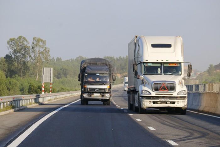 Cao tốc 34.000 tỷ vừa thông xe đã hỏng: Công tác sửa chữa 'cơ bản đã hoàn thành đúng theo thiết kế ban đầu' 2