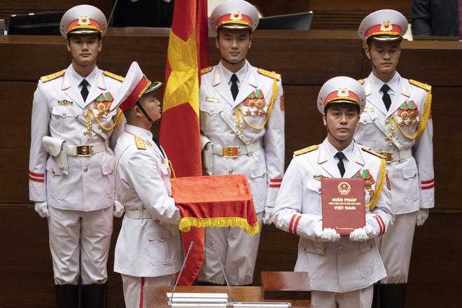 Hình ảnh Chủ tịch nước Nguyễn Phú Trọng tuyên thệ nhậm chức 2