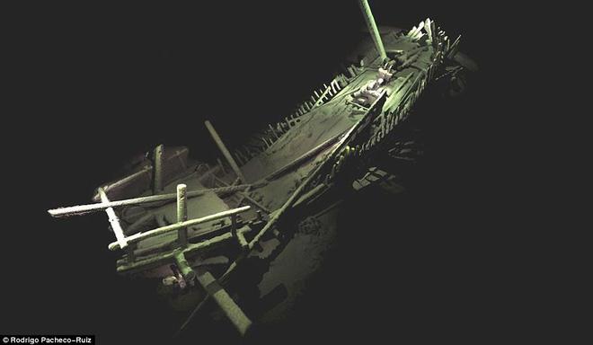 Thám hiểm 'vùng chết' sâu 2.000m ở Biển Đen, phát hiện xác tàu cổ nhất trong lịch sử 7