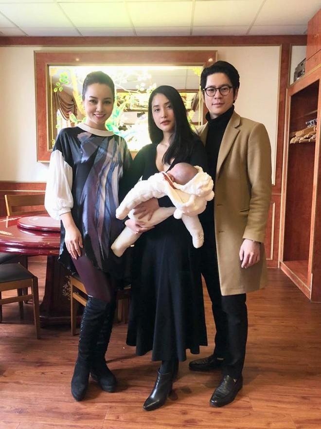 Hình ảnh hiếm hoi của vợ chồng Mai Hồ và con gái đầu lòng sau 8 tháng sang Đức định cư 1