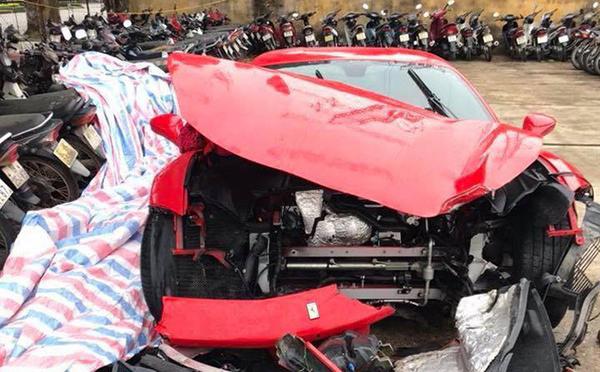 Tuấn Hưng lần đầu tiết lộ thiệt hại sau vụ siêu xe 16 tỷ gặp tai nạn 1
