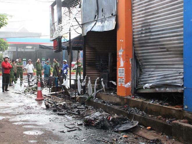 Cháy cửa hàng hoa 2 người chết: Nghi vấn phóng hỏa do mâu thuẫn tình ái 1