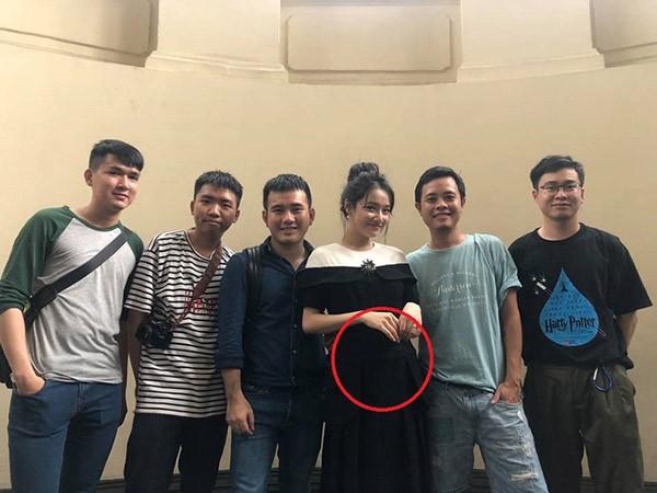 Loạt ảnh chứng minh Nhã Phương đang mang thai 5