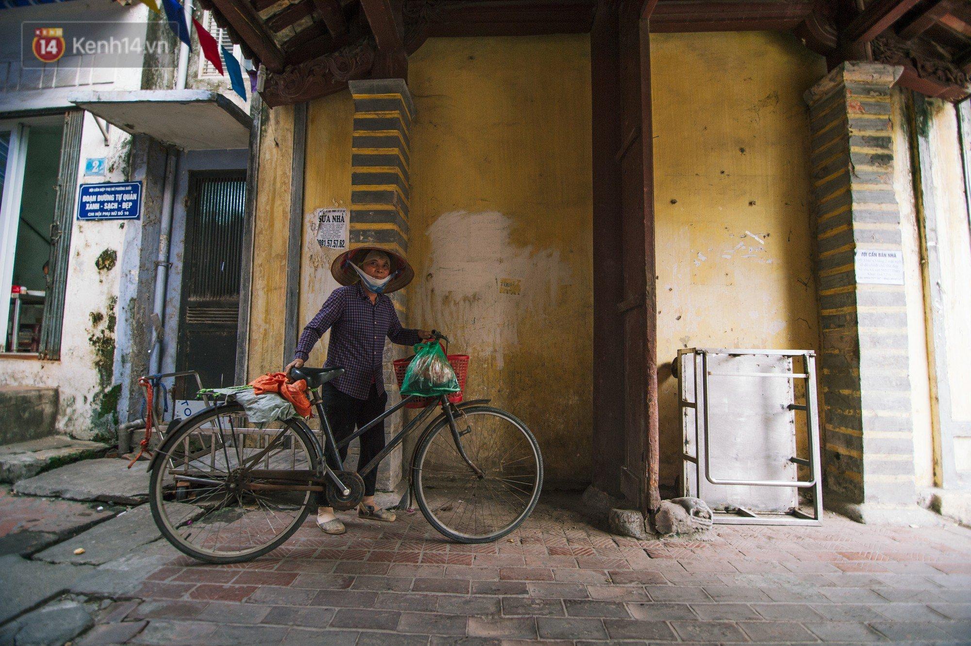 Chuyện về một con phố có nhiều cổng làng nhất Hà Nội: Đưa chân qua cổng phải tôn trọng nếp làng - Ảnh 9.
