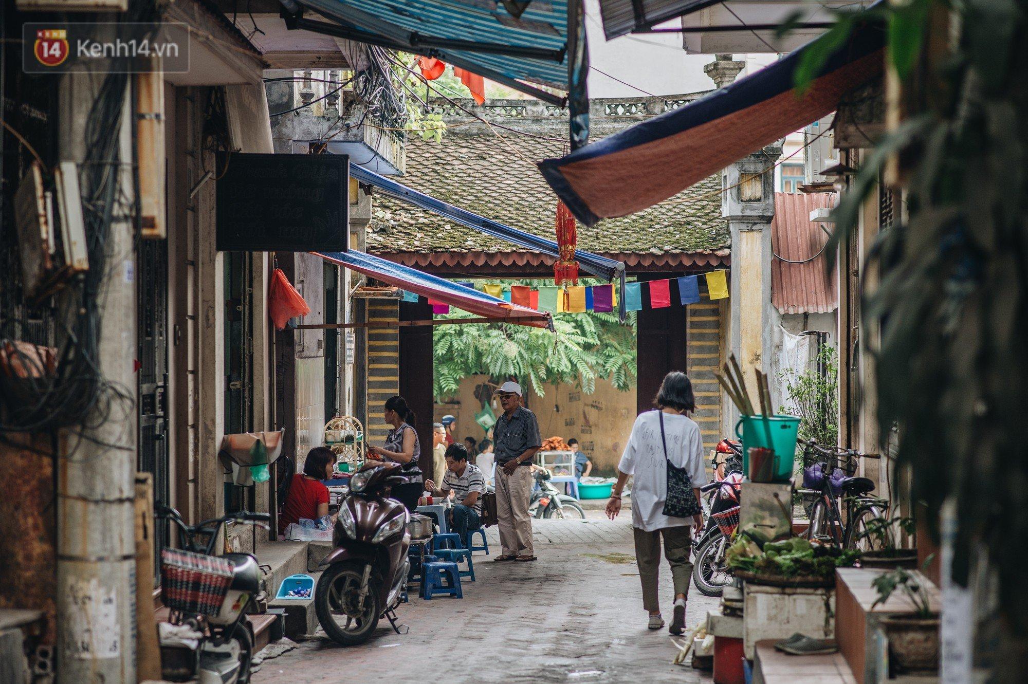 Chuyện về một con phố có nhiều cổng làng nhất Hà Nội: Đưa chân qua cổng phải tôn trọng nếp làng - Ảnh 4.
