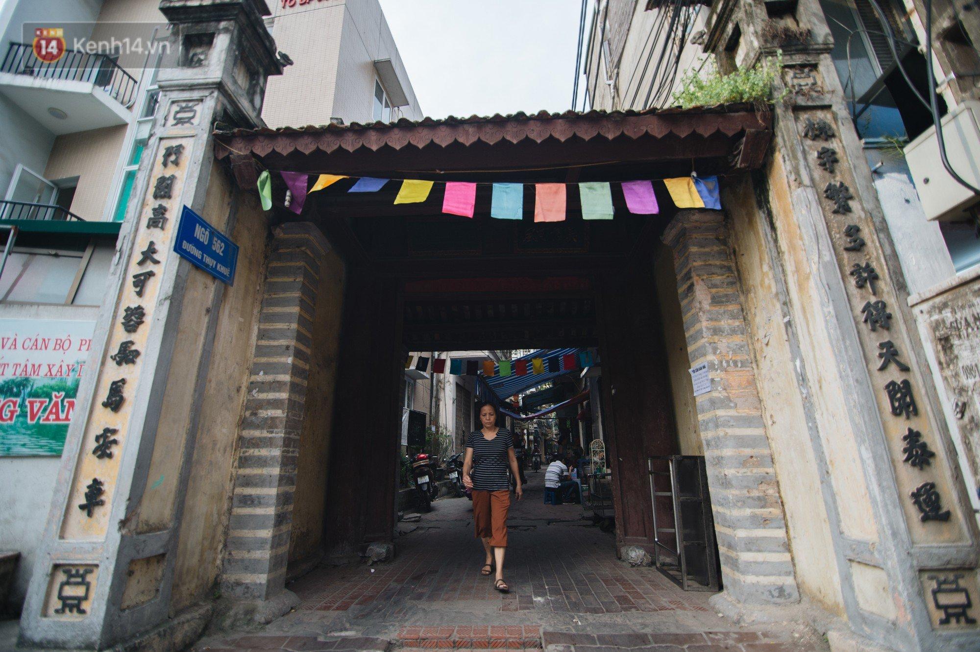Chuyện về một con phố có nhiều cổng làng nhất Hà Nội: Đưa chân qua cổng phải tôn trọng nếp làng - Ảnh 1.