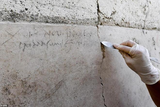 Phát hiện gây sốc về 5 bộ xương còn nguyên vẹn sau thảm họa núi lửa Vesuvius 2.000 năm trước 4