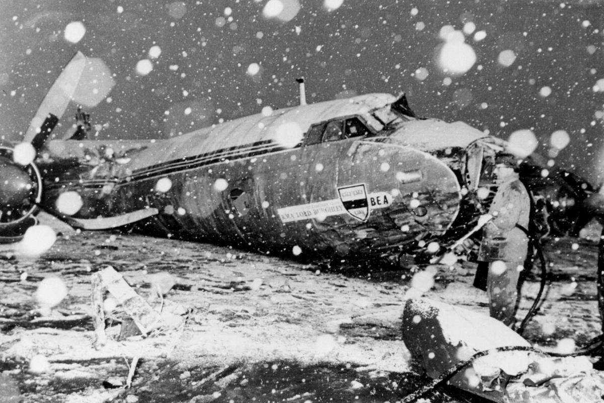 10 thảm họa hàng không thương tâm nhất lịch sử bóng đá thế giới 3
