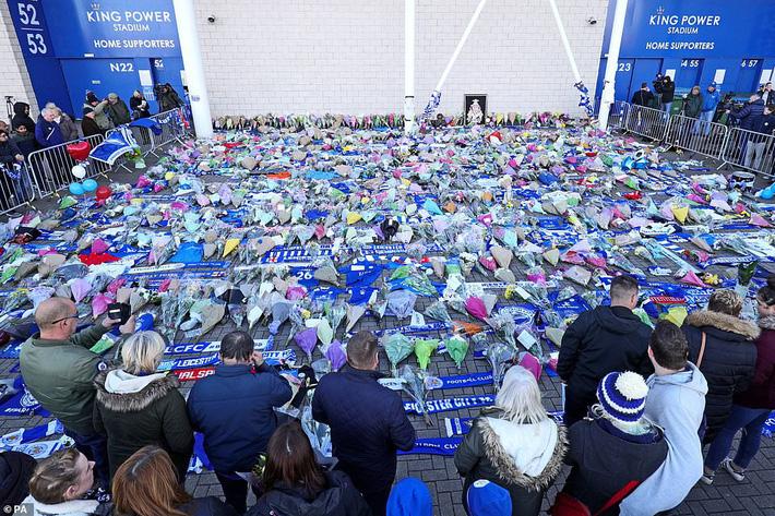 Leicester City đưa ra tuyên bố chính thức về tỉ phú Thái Lan Vichai Srivaddhanaprabha 2