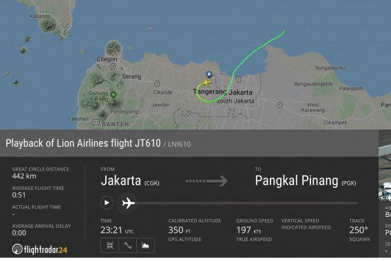 Máy bay chở khách Indonesia lao xuống biển, 188 hành khách mất tích 1