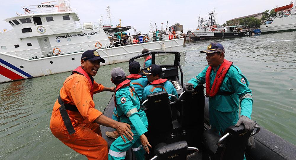 Hình ảnh Ngư dân kể lại khoảnh khắc máy bay Indonesia chở 189 người rơi số 1
